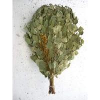 Веник для бани березовый с травами в упаковке